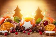 Decoración de la Navidad con los mandarines Foto de archivo libre de regalías