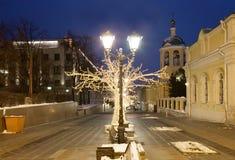 Decoración de la Navidad de las calles de Moscú Imágenes de archivo libres de regalías