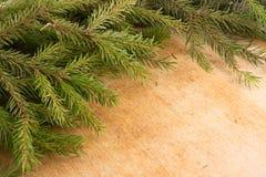 Decoración de la Navidad de las ramas del abeto Fondo del ` s de la Navidad y del Año Nuevo Imagen de archivo