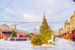 Decoración de la Navidad del cuadrado rojo en Moscú Fotos de archivo libres de regalías