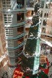 Decoración de la Navidad en alameda fotografía de archivo