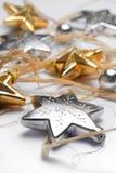 Decoración de la Navidad en el fondo blanco Imagen de archivo