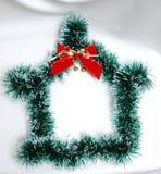 Decoración de la Navidad en el fondo blanco hous Imágenes de archivo libres de regalías