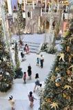 Decoración de la Navidad en el mediados de valle Megamall Fotos de archivo libres de regalías