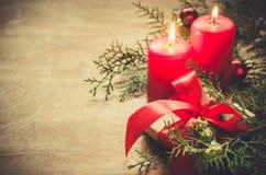 Decoración de la Navidad en fondo de madera Imágenes de archivo libres de regalías
