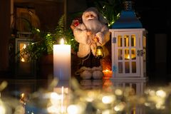 Decoración de la Navidad en interior imágenes de archivo libres de regalías