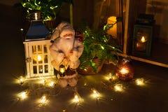 Decoración de la Navidad en interior imagen de archivo