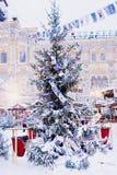 Decoración de la Navidad en la Plaza Roja en Moscú Imagen de archivo
