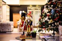 Decoración de la Navidad en la sala de estar Fotografía de archivo