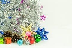 Decoración de la Navidad en un fondo blanco Fotografía de archivo
