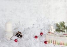 Decoración de la Navidad, fondo del grunge, tarjeta de Navidad Imágenes de archivo libres de regalías
