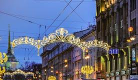 Decoración de la Navidad de la perspectiva de Nevsky en St Petersburg Fotos de archivo