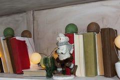 Decoración de la Navidad por la figura de la Navidad Foto de archivo