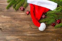 Decoración de la Navidad sobre fondo de madera Fotos de archivo libres de regalías