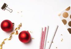 Decoración de la Navidad y del Año Nuevo en el blanco Imagen de archivo