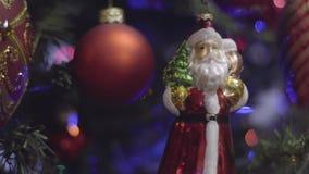 Decoración de la Navidad y del Año Nuevo Fondo de Santa Claus Abstract Blurred Bokeh Holiday Guirnalda del centelleo Navidad almacen de video