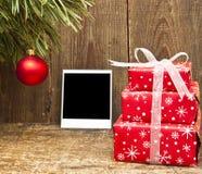 Decoración de la Navidad y foto vieja Foto de archivo libre de regalías