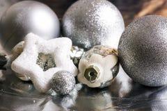 Decoración de la plata del Año Nuevo Fotos de archivo