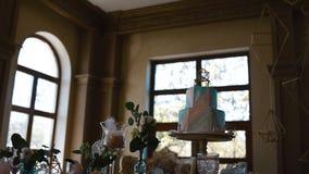Decoración de la tabla de la boda almacen de metraje de vídeo