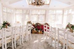 Decoración de la tabla de la boda del restaurante Imagen de archivo