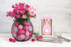 Decoración de la tabla de Pascua Imagen de archivo libre de regalías