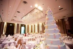 Decoración de la torta para la ceremonia de boda Imagen de archivo libre de regalías