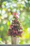 Decoración de los árboles de navidad Fotos de archivo