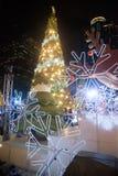 Decoración de los árboles de navidad en la celebración de la Navidad y del Año Nuevo Imágenes de archivo libres de regalías