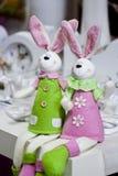 Decoración de los conejos de Pascua Imagenes de archivo