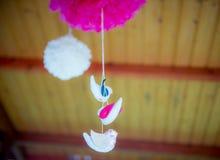 Decoración de los pájaros de la ejecución Imagen de archivo libre de regalías