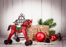 Decoración de madera de la Navidad en Año Nuevo del estilo retro Imágenes de archivo libres de regalías