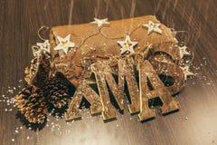Decoración de Navidad con las linternas de la vela Imagenes de archivo