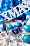 Decoración de Navidad en azul Fotografía de archivo libre de regalías