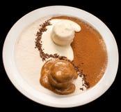Decoración de Yin Yang del helado del chocolate y de vainilla fotografía de archivo libre de regalías