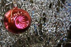Decoración del árbol de navidad en el árbol de navidad Foto de archivo