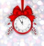 Decoración del Año Nuevo con el reloj en fondo ligero Foto de archivo