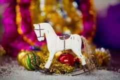 Decoración del caballo del árbol de navidad Fotos de archivo