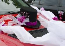 Decoración del coche de la boda Fotografía de archivo libre de regalías