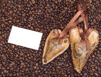 Decoración del corazón en el fondo del café Imagen de archivo