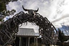 Decoración del cráneo de Bull en New México Foto de archivo