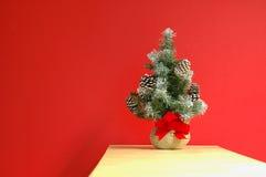 Decoración del día de fiesta de la Navidad (horizontal) imagenes de archivo