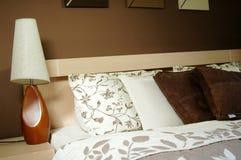 Decoración del dormitorio de Brown Fotografía de archivo libre de regalías
