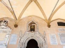 Decoración del entrace en la catedral de Palermo Fotos de archivo libres de regalías