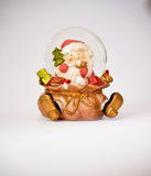 Decoración del globo de la nieve de la Navidad fotografía de archivo libre de regalías