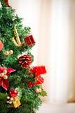Decoración del invierno del árbol de Chrismas Imágenes de archivo libres de regalías