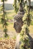 Decoración del jardín con un Buda fotografía de archivo libre de regalías