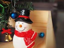 Decoración del muñeco de nieve y de la Navidad Imagenes de archivo