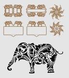 Decoración del ornamento floral del elefante Fotografía de archivo