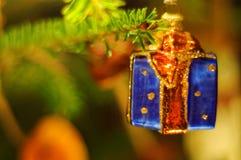Decoración del regalo de la chuchería del árbol de navidad Fotos de archivo