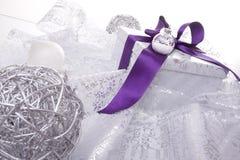 Decoración del regalo de Navidad fotografía de archivo libre de regalías